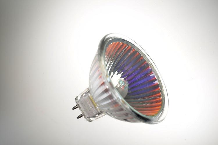 Partir 30082018Disparition Ampoules Des Du À Halogènes 1er pqSzMVUG